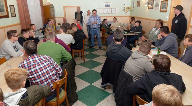 Lehrgang 2018: 37 Angler bestehen Prüfung in Hillerse