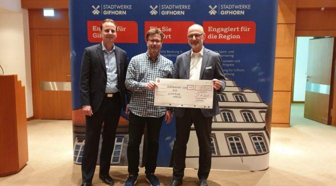 50 x 500 – Stadtwerke Gifhorn würdigen Engagement des ASV Hillerse mit 500 Euro